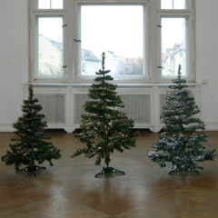 Wiensowski & Harbord, Berlin, 2005 (with Anna Jermolaewa and Alexander Wolff), installation view